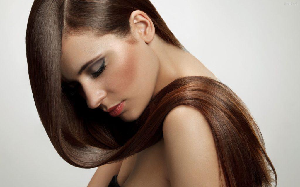 Laminowanie włosów żelatyną – prawdziwy hit