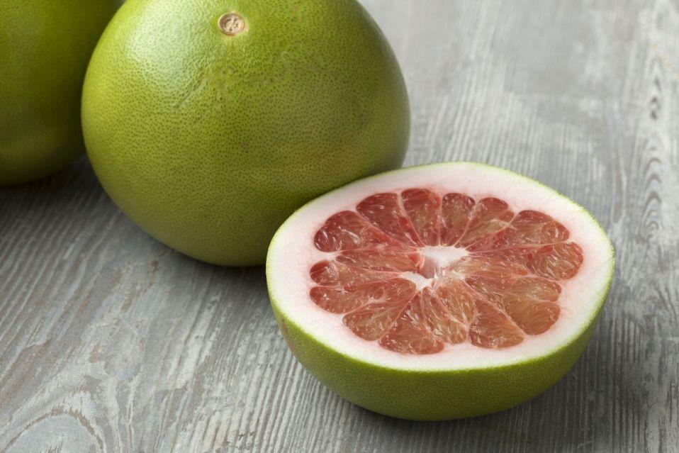 Pomelo owoc – poznajmy jest zdrowotne właściwości
