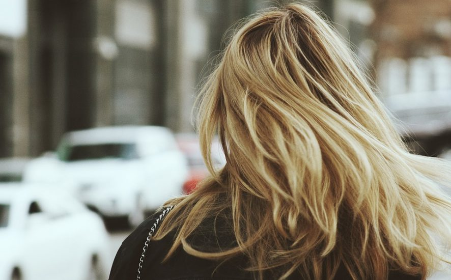 Cieniowanie włosów – czy warto?