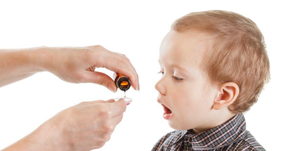 Syropy przeciwkaszlowe dla dzieci – idealny sposób na kaszel