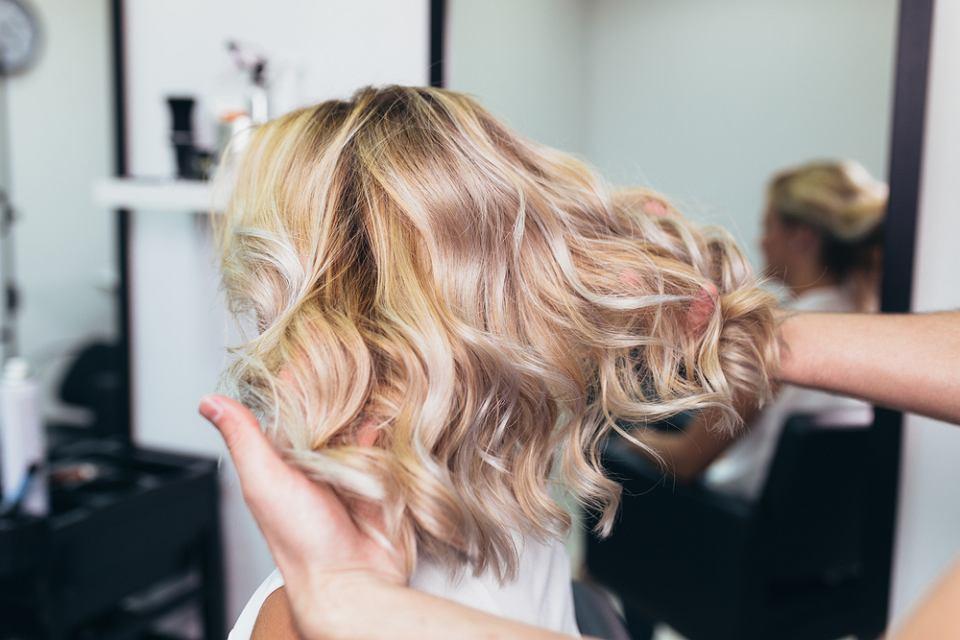 Czy wiesz, że balejaż na krótkich włosach wygląda przepięknie?