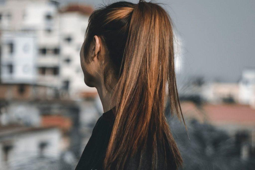 Fryzury damskie długie – komu one pasują?